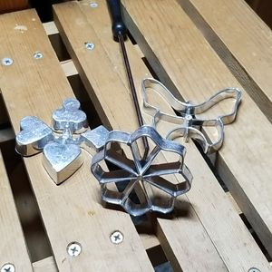 Vintage Rosette Making Set